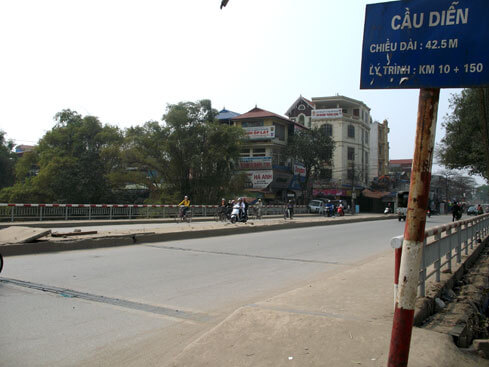 Lắp đặt camera quan sát ở Cầu Diễn